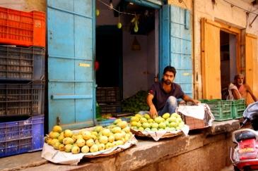 Selling fruit